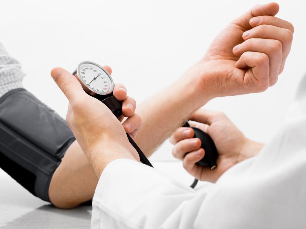 Praxis Dr. med. Hunfeld Attendorn - Blutdruck messen